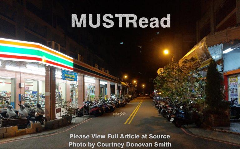 Must_Read11-01